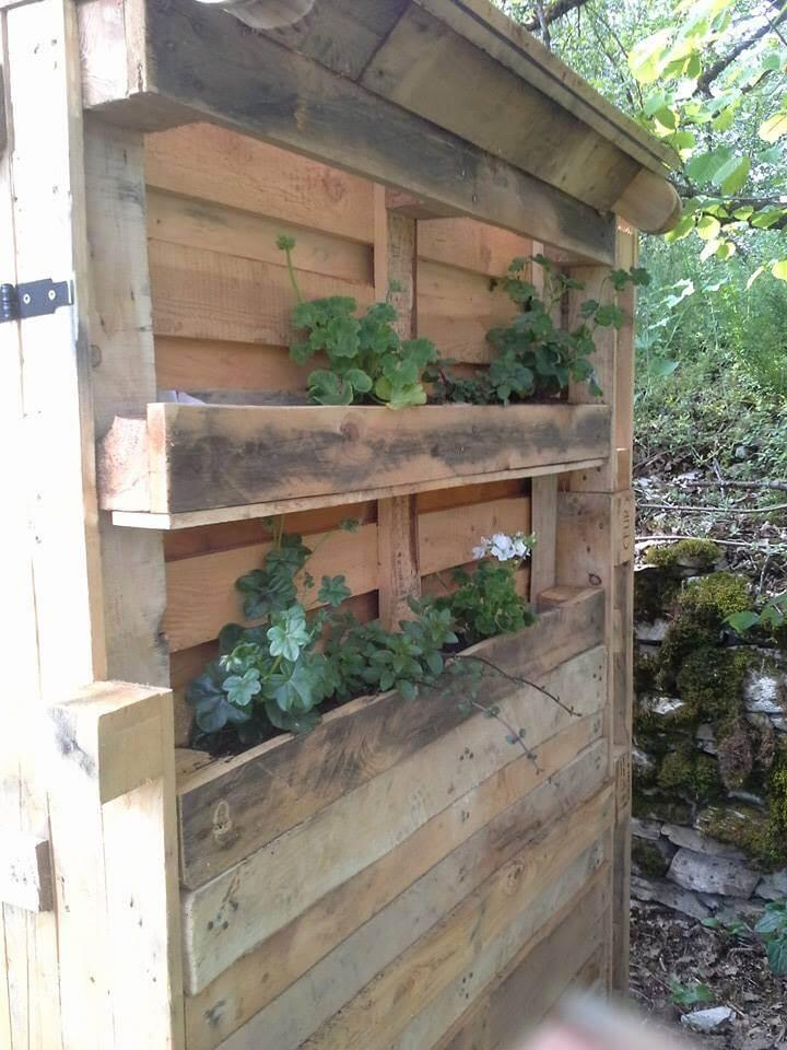 recycled pallet outdoor toilet tool planters