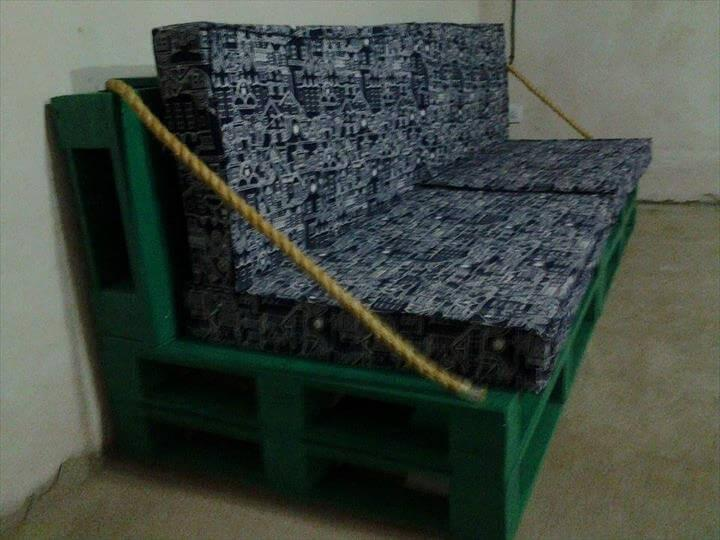 diy cushioned pallet green sofa