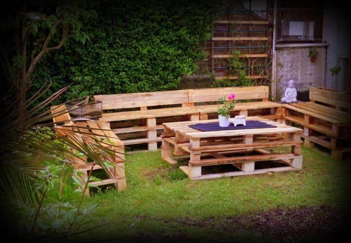 wooden pallet garden sitting furniture