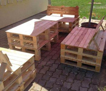 repurposed wooden pallet outdoor sitting furniture