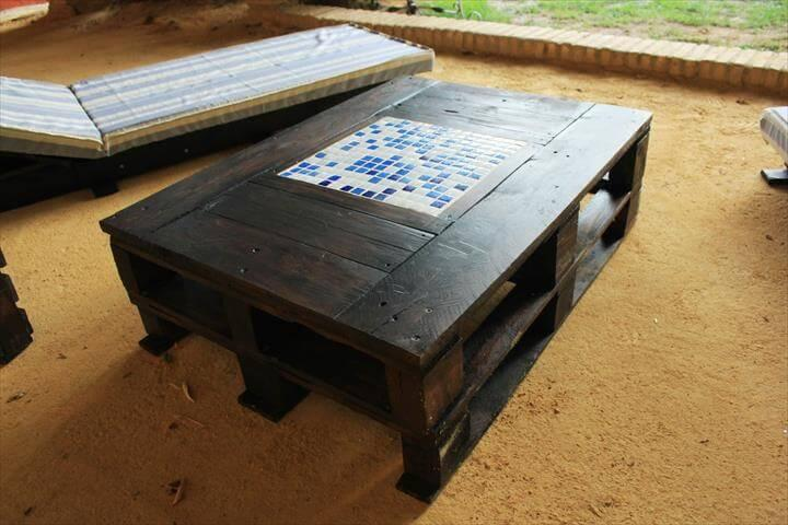 recycled pallet stained coffee table