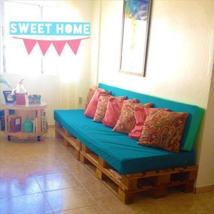whole pallet blue cushioned pallet sofa
