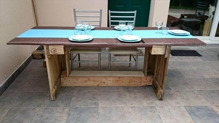 repurposed pallet dining table with ceramic tile top