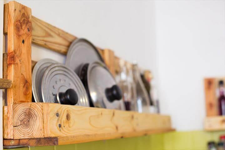reclaimed pallet kitchen shelves