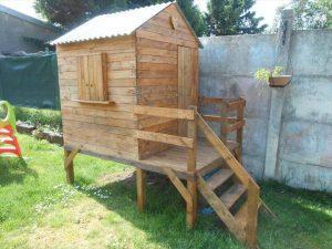 Pallet Playhouse for Kids-Friendly Backyard
