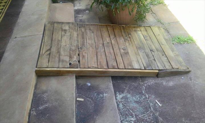 diy wooden pallet entryway ramp