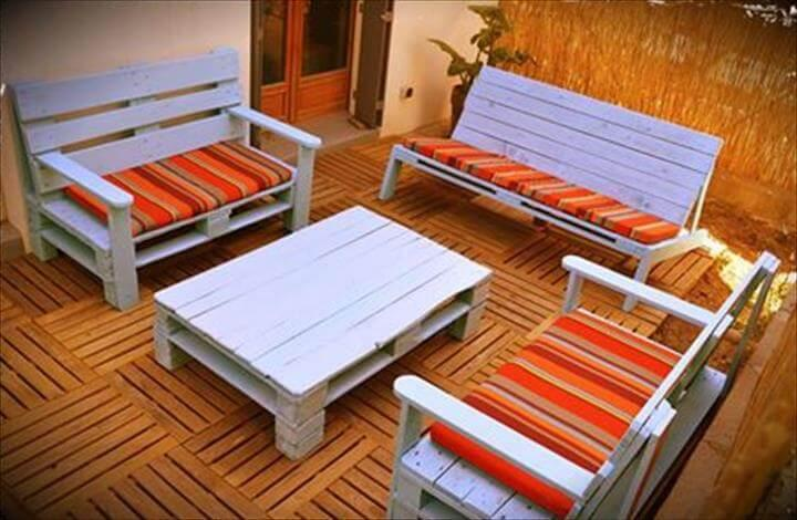 blue chalk painted whole pallet sofa and benches