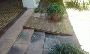 Wood Pallet Ramp for Entryway Stair
