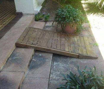 upcycled pallet wooden ramp