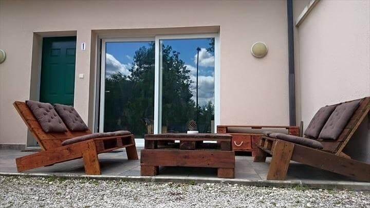 handmade wooden pallet terrace furniture set