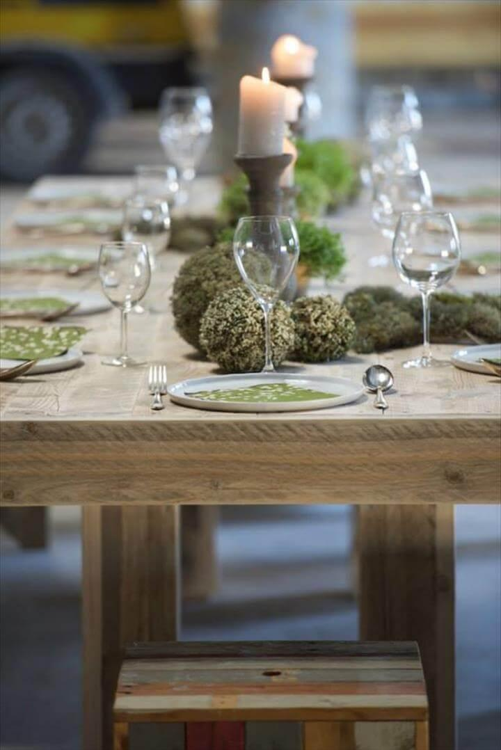 repurposed pallet dining furiture
