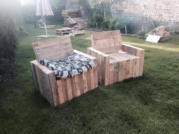 DIY beefy pallet patio chairs