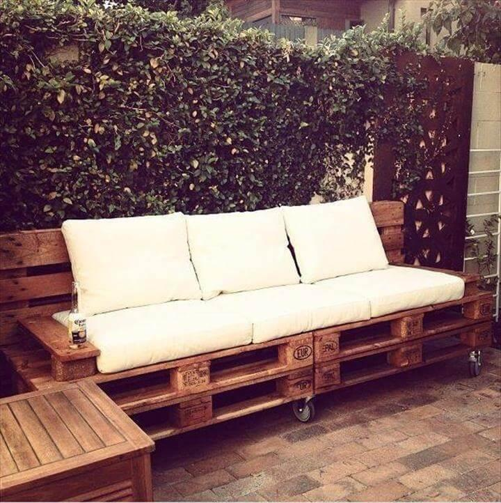 rustic pallet 2 seated sofa