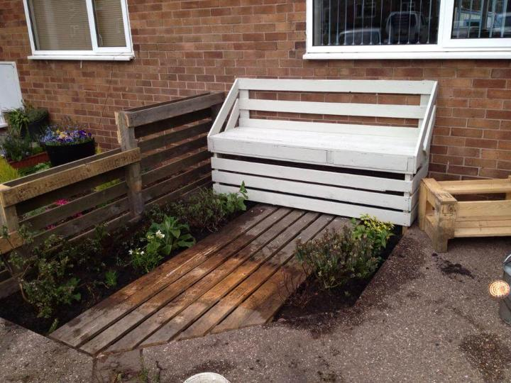 recycled pallet chic white patio bench