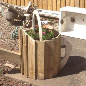 recycled pallet garden watering can planter
