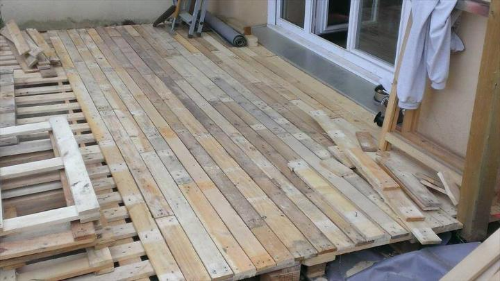 recycled pallet home decking