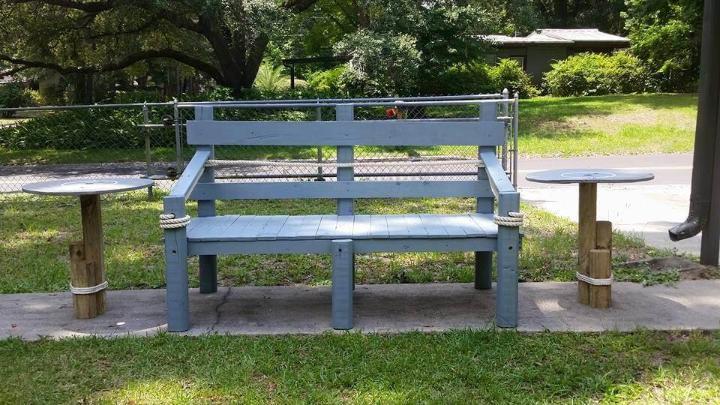 upcycled pallet aqua garden bench