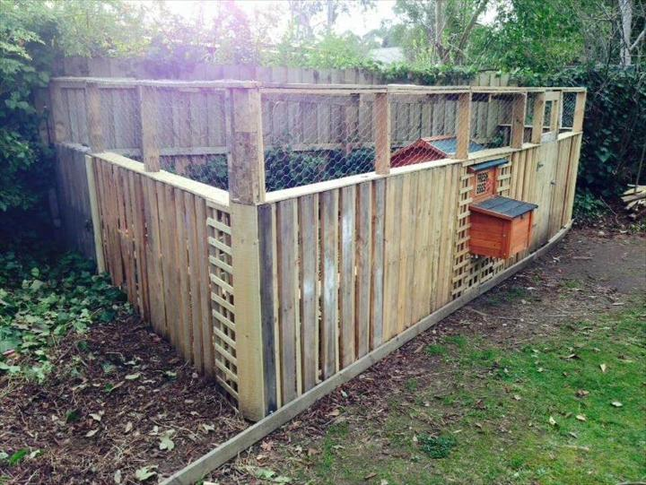 repurposed pallet chicken coop with chicken wire fence