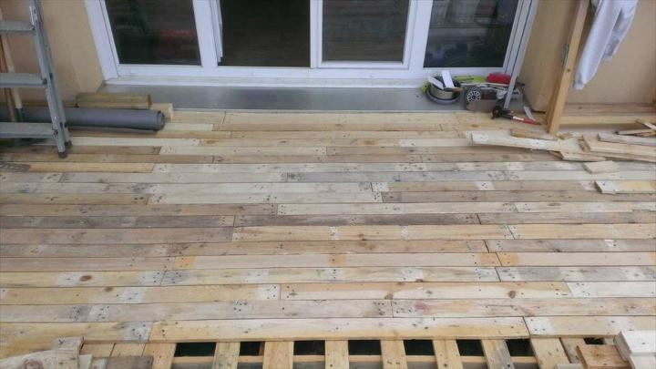 adding the removed pallet planks for a completely finished look