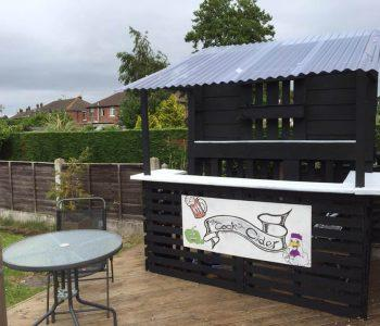 upcycled pallet outdoor drink point
