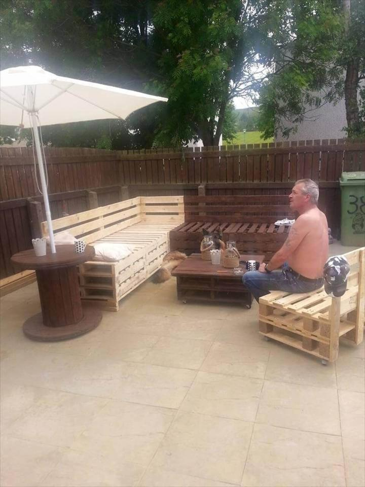 upcycled pallet patio sitting plan