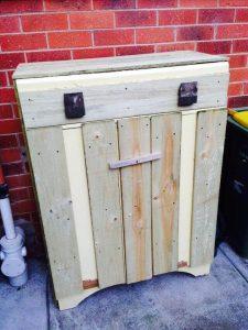 Wooden Pallet Trash Bin
