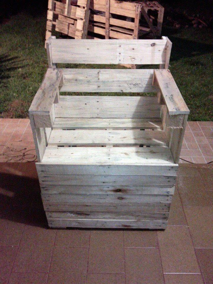 reclaimed pallet white painted arm chair