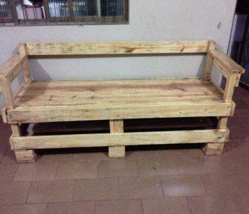 sturdy bench made of pallets