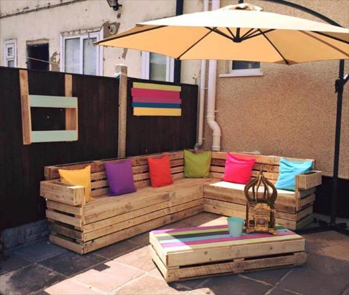 wooden pallet L-sofa with rainbow coffee table