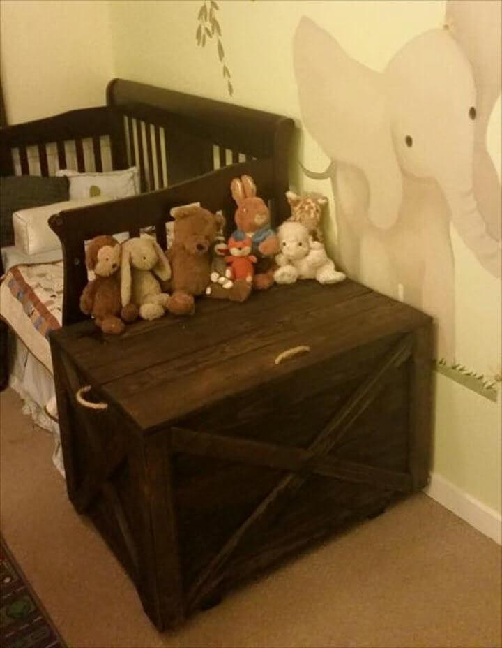 upcycled wooden pallet kids toy chest