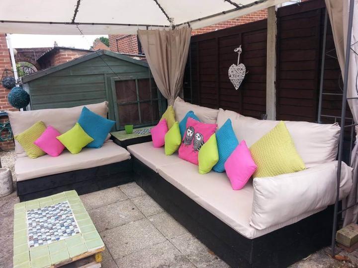 cushioned pallet patio sofa set