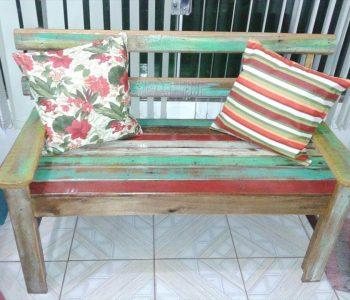 upcycled pallet patio bench