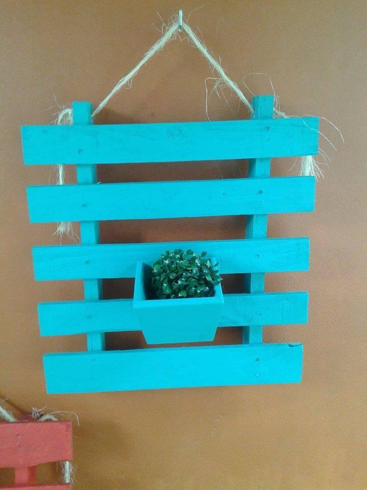 turquoise pallet wall hanging planter