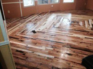 Pallet Flooring Cheaper Than Wood – DIY