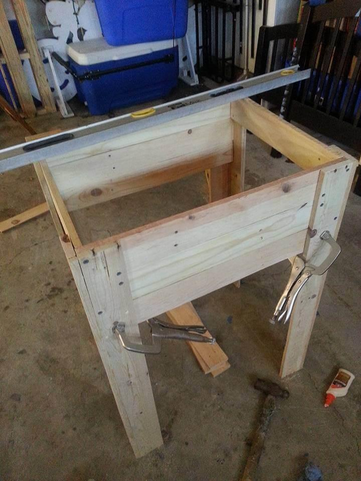 making the base and wooden cooler holding