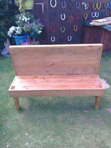 recycled pallet park or garden bench
