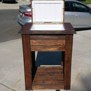 wooden pallet outdoor cooler