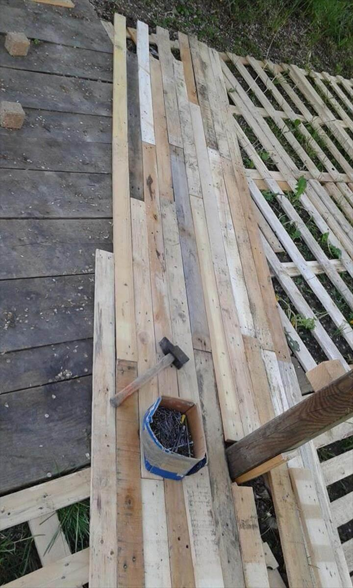 diy pallet deck flooring