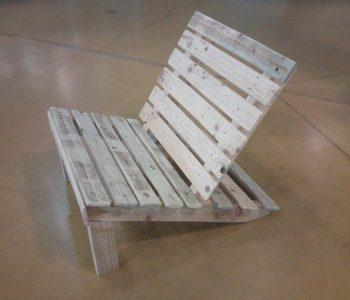 pallet kids lounge chair