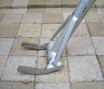 pallet dismantling tool