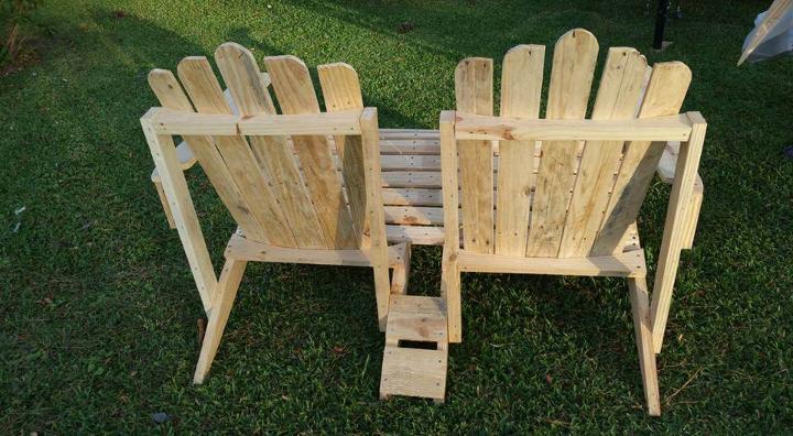 handmade pallet Adirondack bench