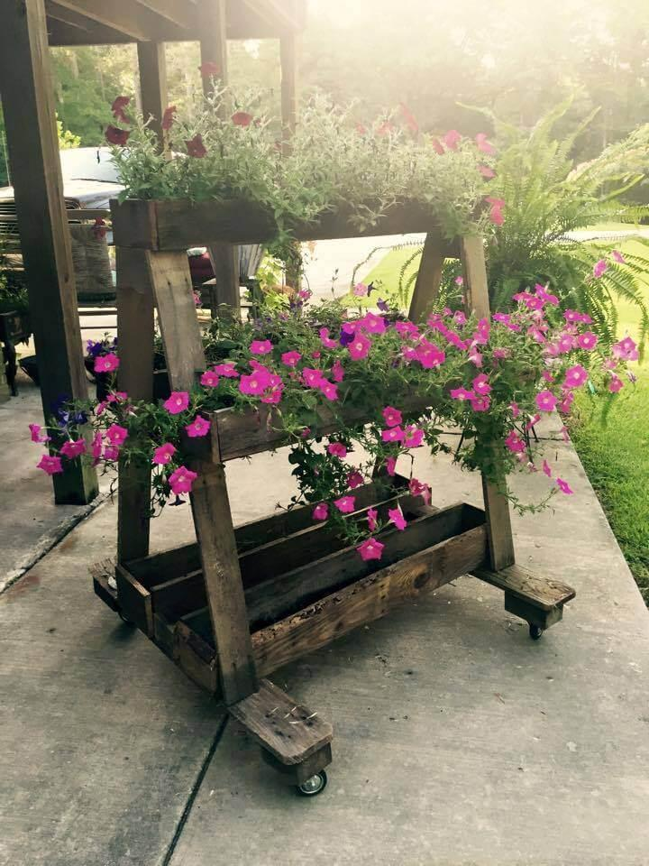rustic pallet A-frame planter