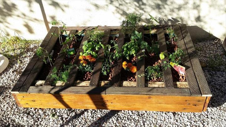 wooden pallet flat garden planter
