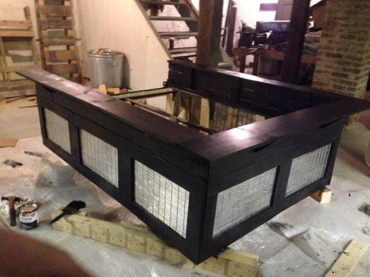 Regained pallet platform bed