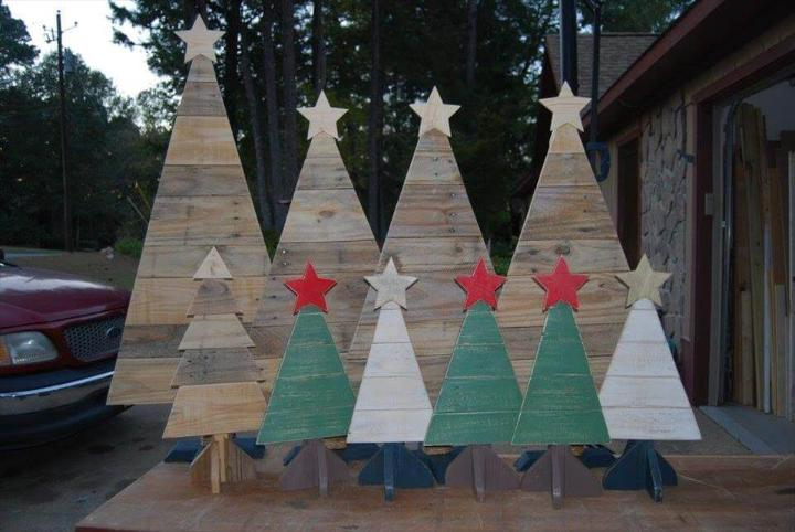 pallet festival tree decors