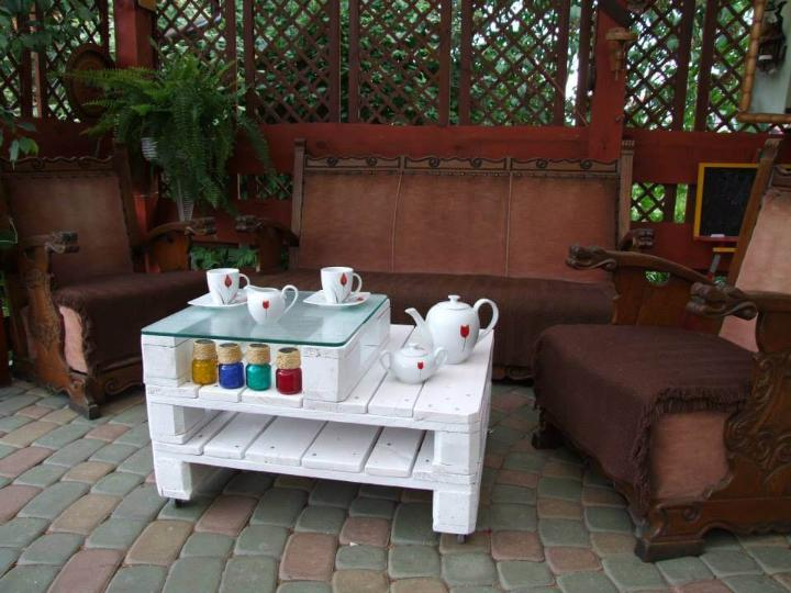 mini 2 tiered white pallet coffee table with glass top