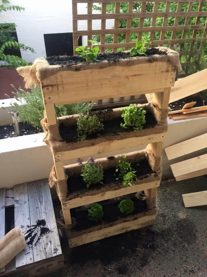 upcycled pallet and burlap planter