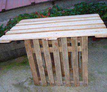 upcycled wooden pallet bar table
