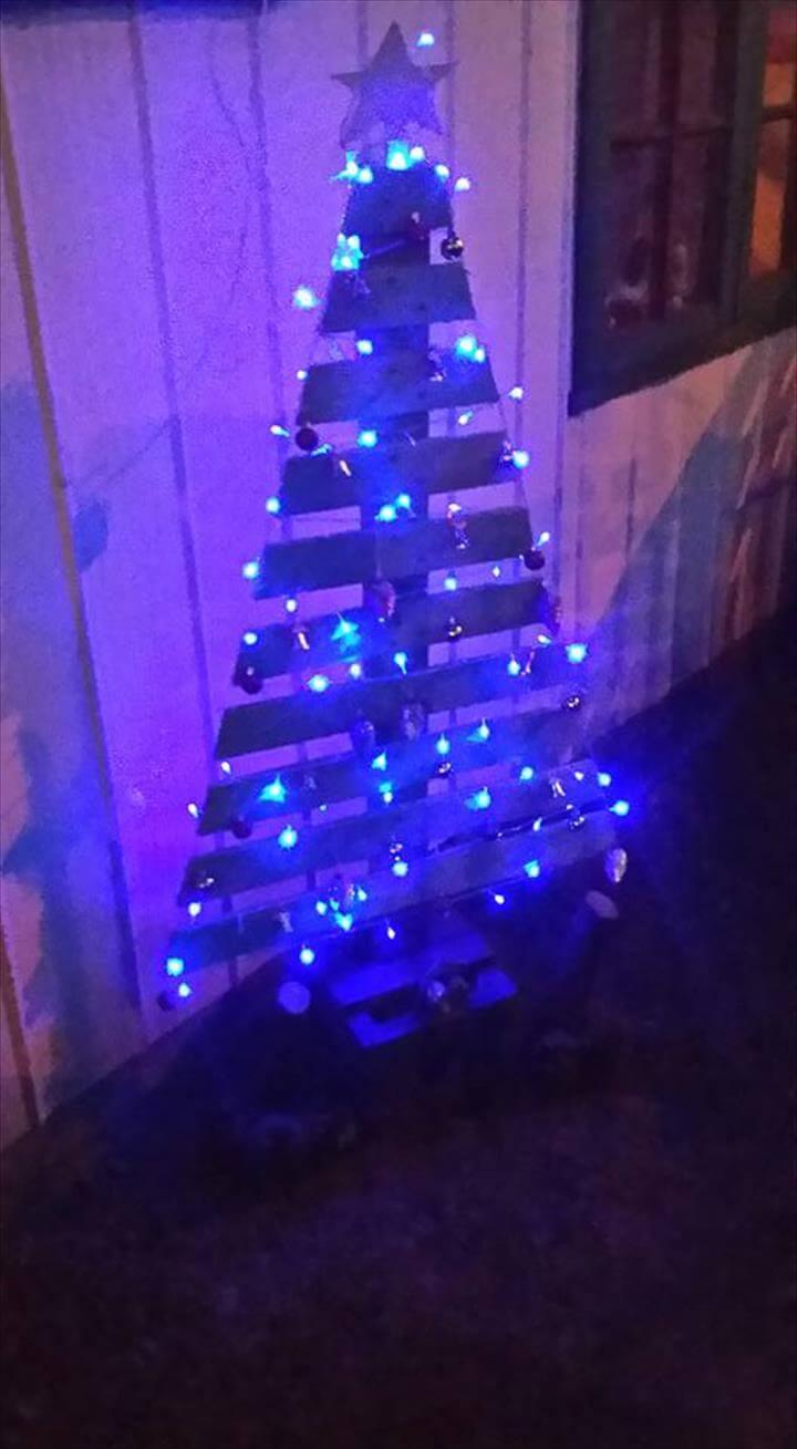 wooden pallet tree with lights