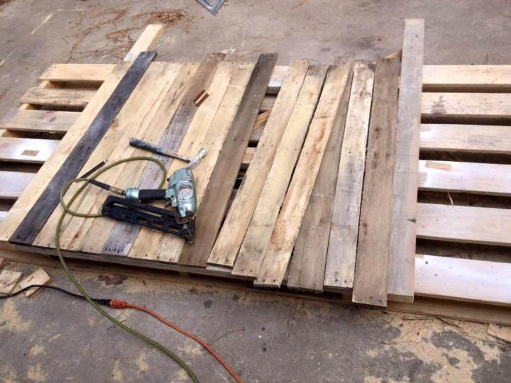 How To Dismantle A Bed Frame